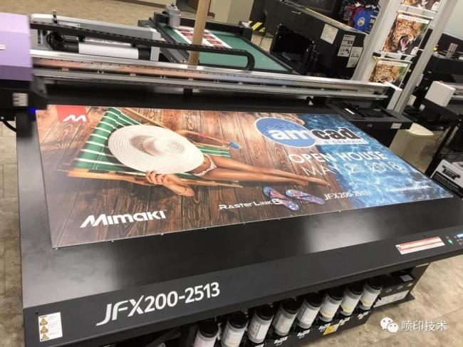UV平板打印机在夏季该如何保养