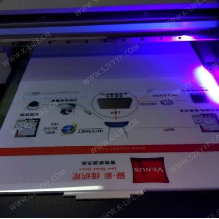 亚加力展板UV打印